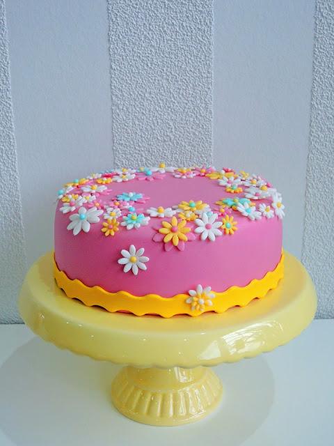 summer dreaming cake mit schoko nuss kuchen lebe liebe backe. Black Bedroom Furniture Sets. Home Design Ideas